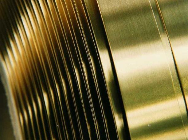 interleaving paper protecting steel rolls